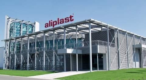 3650 Solarpanels auf dem Dach von Aliplast Aluminium Extrusion